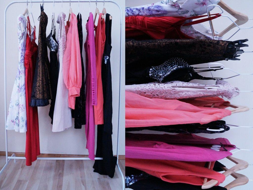 wieszak ubrań vintage sukienkitanie sukienki