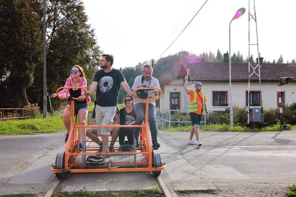 drezyny rowerowe to perełka turystyczna gminy Olszanica