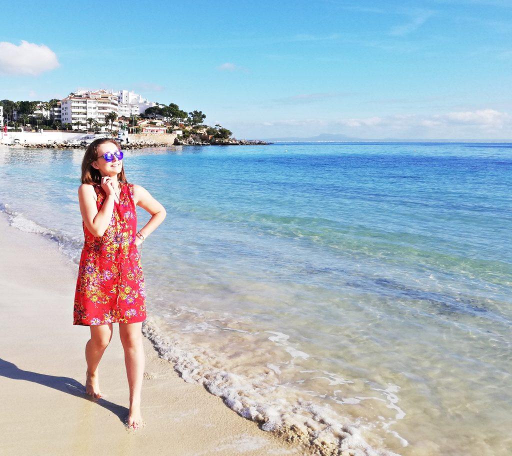 mallorca stylizacja blogger travel hiszpania morze po sezonie