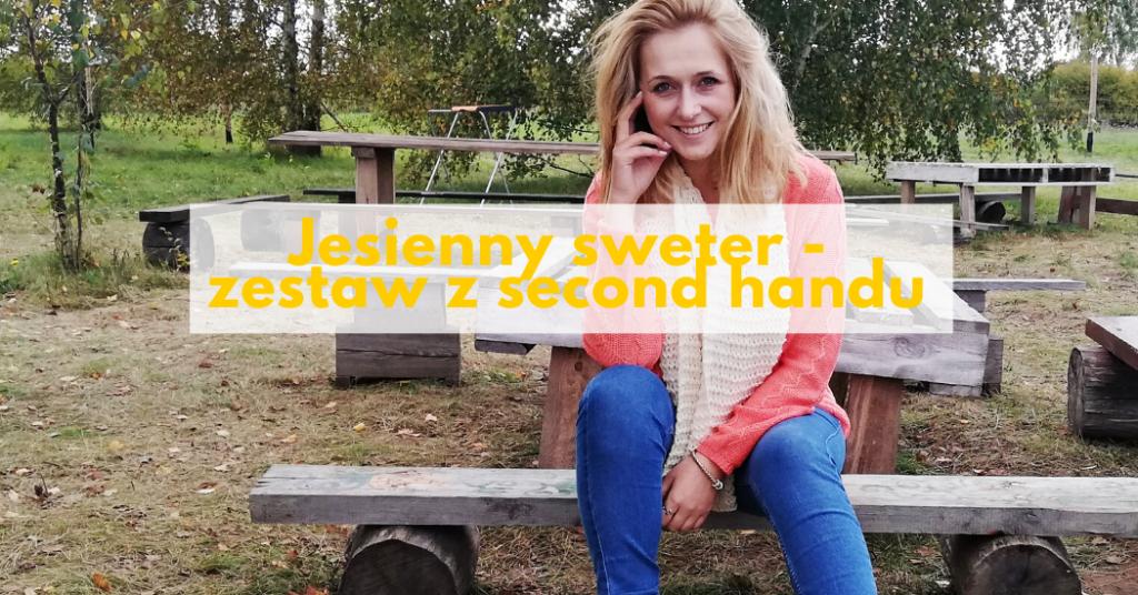 Jesienny sweter w kolorze brzoskwini – zestaw z second handu
